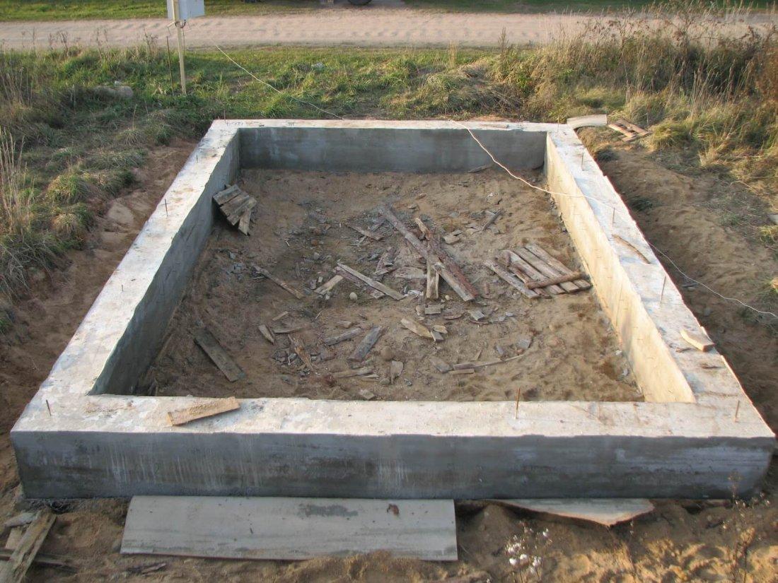 Ленточный мелкозаглубленный фундамент под сарай