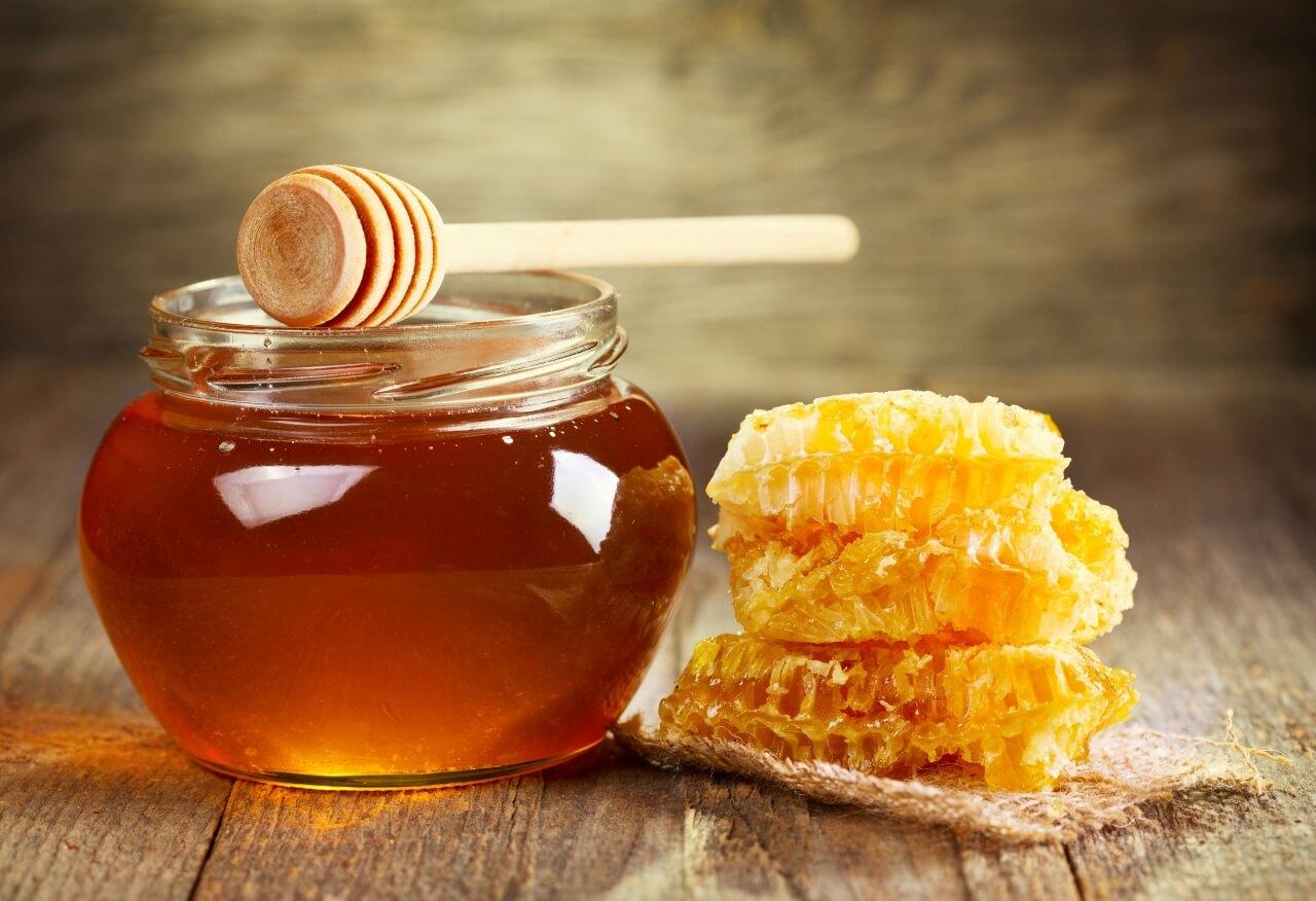 Как сделать мед жидким: о способах растапливания засахаренного меда