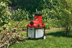 Профессиональный измельчитель для сада